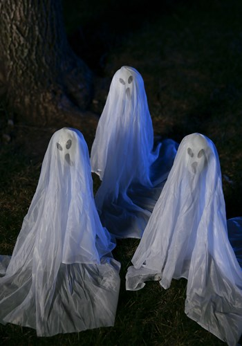 Small Ghostly Group -19 Inches update
