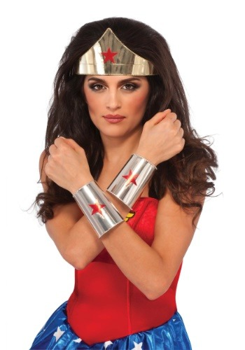 Deluxe Wonder Woman Accessory Kit