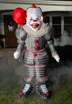 IT Pennywise Lawn Inflatable Décor-0